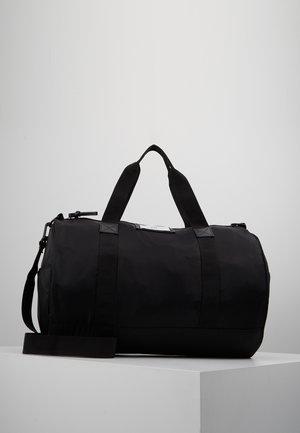 BAGS - Urheilukassi - black