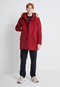 Levi's® - WOODSIDE LONG UTILITY  - Winter coat - biking red - 1