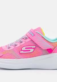 Skechers Performance - GO RUN FAST NEON JAMS UNISEX - Neutral running shoes - pink/multicolor - 5