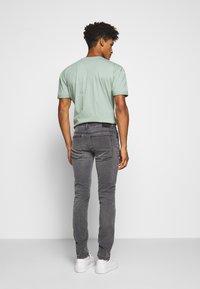 DRYKORN - JAZ - Slim fit jeans - hellgrau - 2