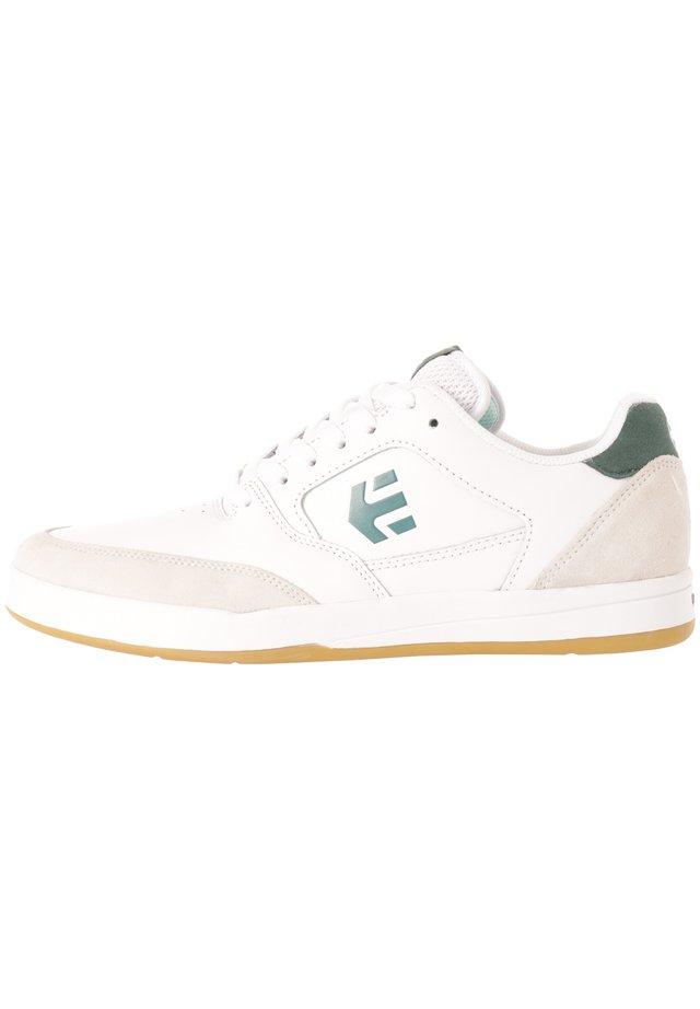 VEER - Sneakers laag - white/green