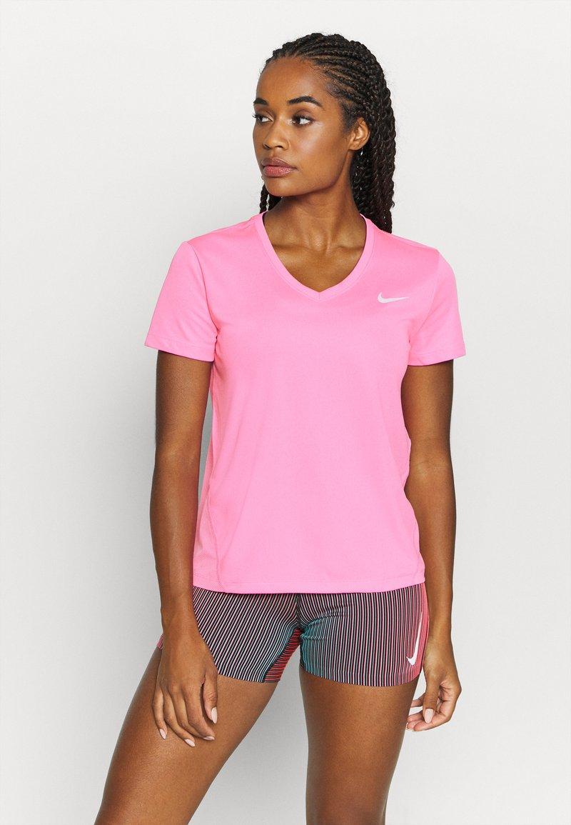 Nike Performance - MILER V NECK - T-Shirt print - pink glow/silver
