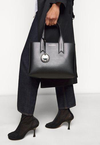 FRIDATOTE BAG - Handbag - nero/tabacco