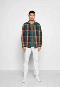 JOOP! Jeans - CLARK - Camiseta básica - dark green - 1