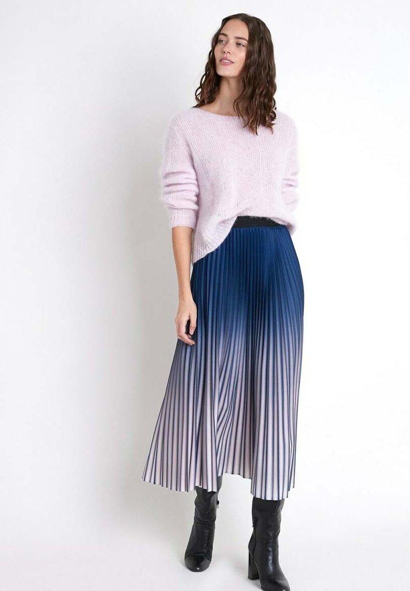 Maison 123 - Pleated skirt - bleu marine
