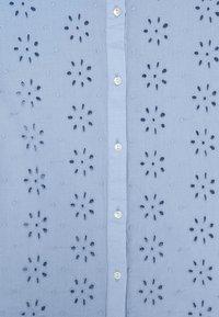 Pieces - PCTILLIE - Button-down blouse - vista blue - 2