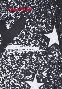 Mitchell & Ness - NBA ALL STAR ALL STAR  - Sports shorts - black - 5