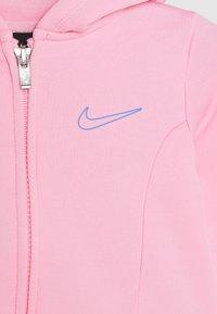 Nike Sportswear - THERMA SET - Sudadera con cremallera - pink - 5