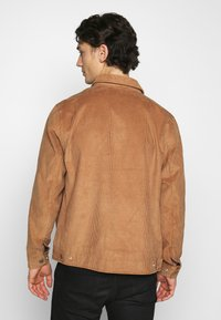 Levi's® - HAIGHT HARRINGTON JACKET - Summer jacket - toasted coconut - 2