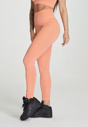 SEAMLESS LEGGINGS MODEL ONE - Leggings - peach orange