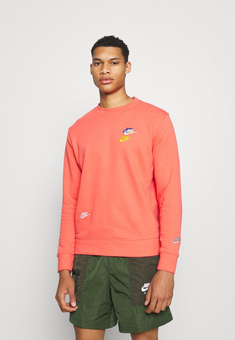 Nike Sportswear - Sweatshirt - magic ember