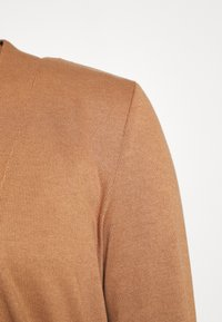 TOM TAILOR - CARDIGAN LONG - Cardigan - light chestnut - 5