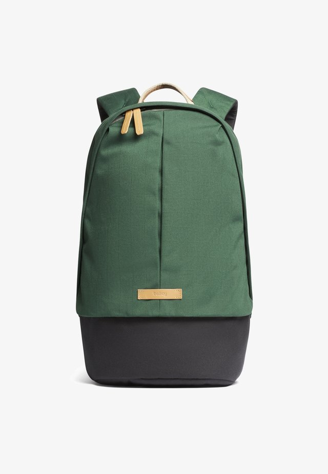 CLASSIC BACKPACK PLUS - Rucksack - forest
