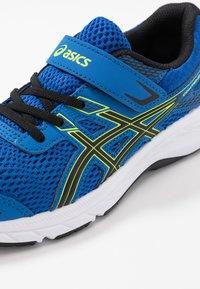 ASICS - CONTEND 6 - Neutrální běžecké boty - tuna blue/black - 2