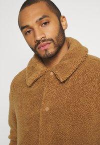 Topman - SHETLAND COACH - Winter jacket - rust - 3