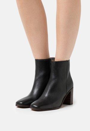 GREER  - Ankle boot - true black