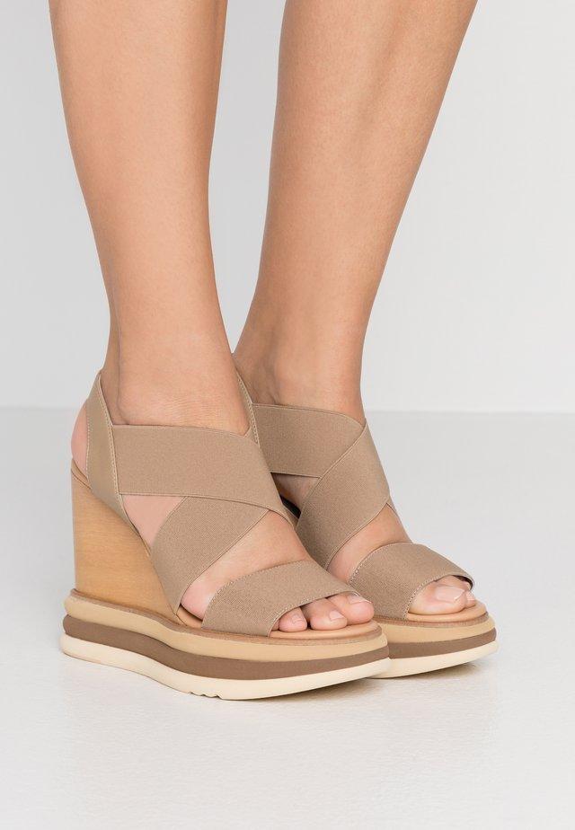 FILIPINAS ELASTIC MALLORCA - Højhælede sandaletter / Højhælede sandaler - taupe