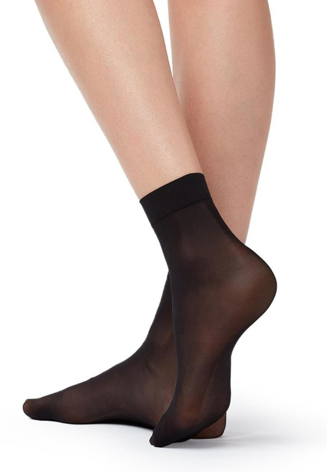 RESISTANT - Chaussettes - black