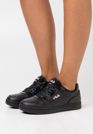 ARCADE - Zapatillas - black