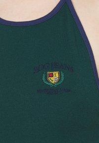 BDG Urban Outfitters - HALTER  - Débardeur - green - 5