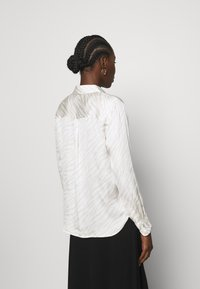 Banana Republic - DILLON SOFT - Button-down blouse - beige - 2