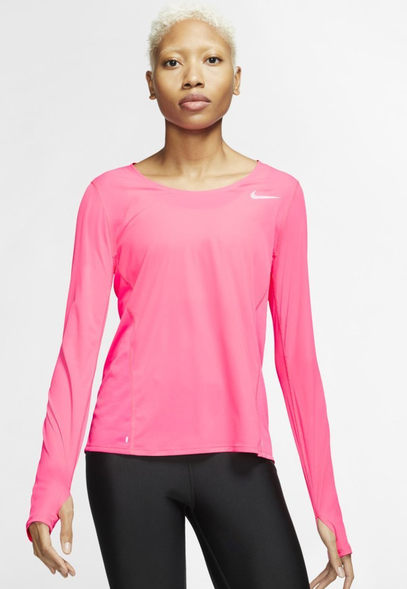 Nike Performance - CITY SLEEK - Camiseta de deporte - digital pink