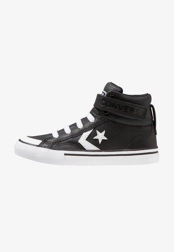 PRO BLAZE STRAP - Zapatillas altas - black/white