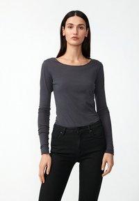 ARMEDANGELS - EVVAA  - Long sleeved top - acid black - 0