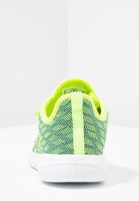 Kappa - GIZEH - Sportovní boty - lime/blue - 4
