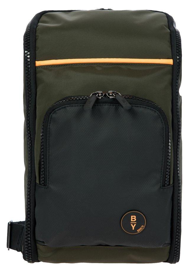 EOLO UMHÄNGETASCHE 37 CM - Across body bag - oliva