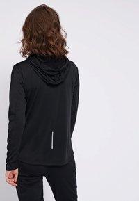 Hummel - SELBY  - Zip-up hoodie - black - 2