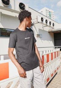 N°21 - Print T-shirt - black - 3