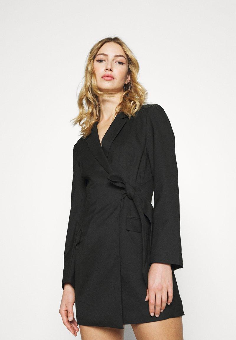 Monki - KAREN DRESS - Etuikjole - black