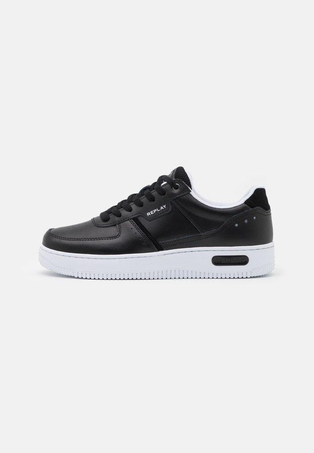 CLASSIC PREMIUM - Sneakers laag - black
