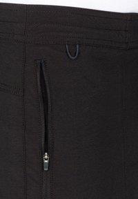 Roark - Shorts - black - 3