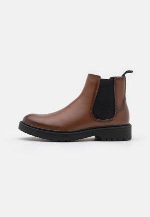 VEGAN HASTINGS - Classic ankle boots - cognac