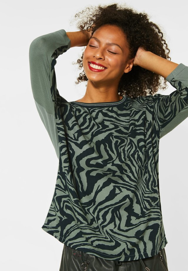 MIT MUSTER - Long sleeved top - grün