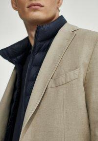 Massimo Dutti - SLIM FIT - Blazer jacket - beige - 2
