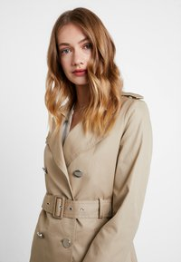 Guess - JANIS TRENCH - Trenchcoat - forest khaki - 3