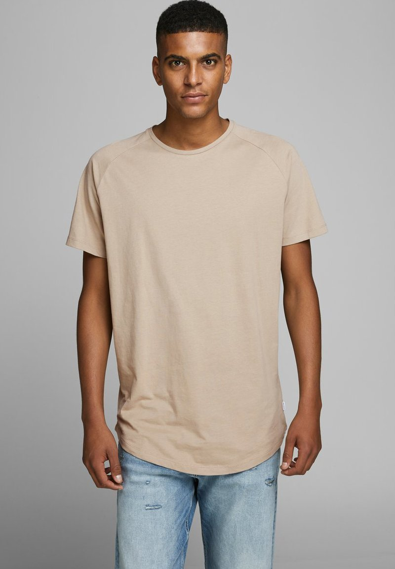Jack & Jones - JJECURVED TEE O NECK - Camiseta básica - beige
