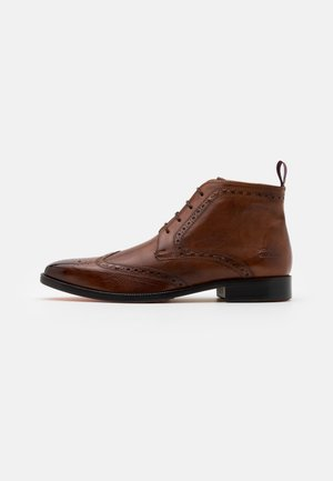 JEFF - Smart lace-ups - wood