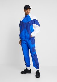 Nike Sportswear - ISSUE  - Training jacket - hyper royal/white/deep royal blue - 1