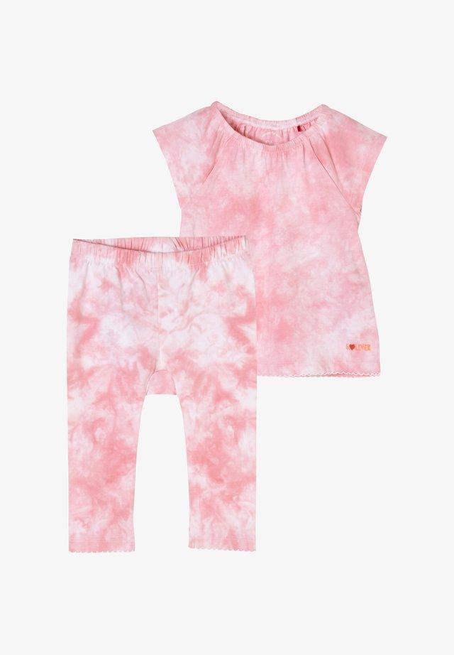 SET - T-shirt print - pink tye dye