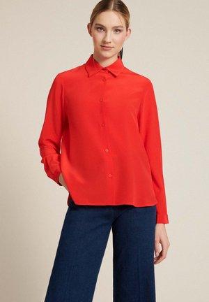 LABIRINTO A - Button-down blouse - rosso