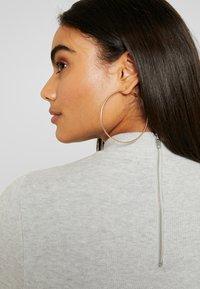 Vero Moda Petite - VMFANCY NANCY HIGHNECK DRESS  - Jumper dress - light grey melange - 6