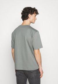 ARKET - Jednoduché triko - grey medium - 2