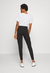 Noisy May - NMSEJLA CASUAL TROUSER - Trousers - black - 2