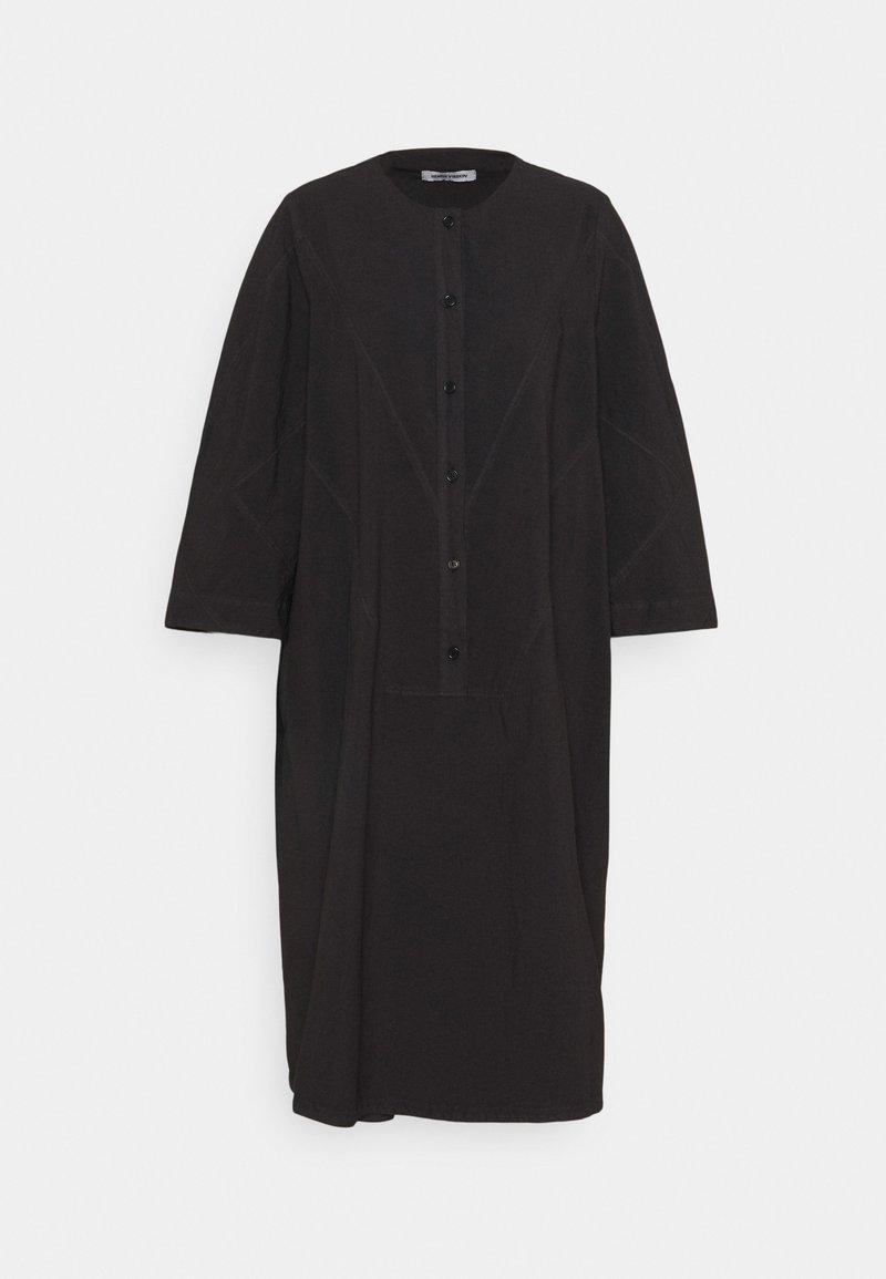 Henrik Vibskov - CAN DRESS - Denní šaty - black