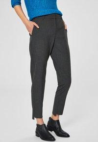 Selected Femme - MID WAIST - Trousers - dark grey - 0