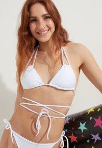 Tezenis - Bikini pezzo sopra - bianco - 2